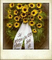Trauerkranz mit Sonnenblumen
